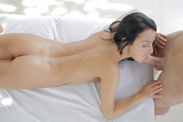 Lovely Lexi Dona Gets a Creamy Cum Facial